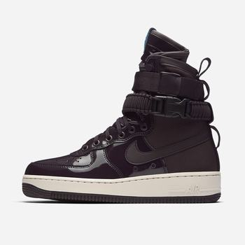 Nike SF Air Force 1 SE Premium Force Is Female