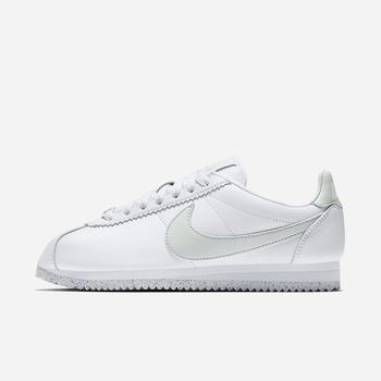 Nike Classic Cortez Flyleather with at least 50% leather fibre